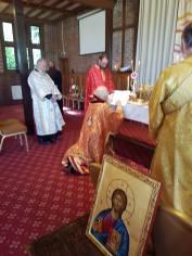 kneeling archbishiop 2016